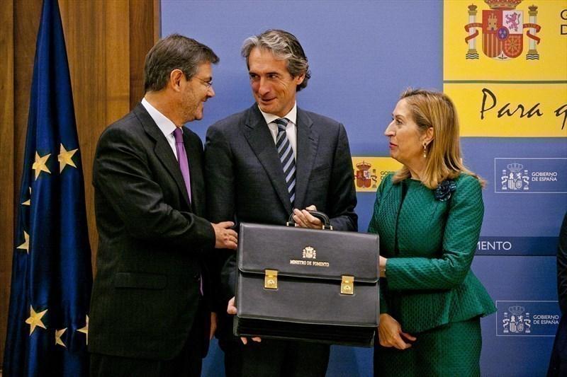 Acto de traspaso de cartera de Fomento a Iñigo de la Serna | Fuente: www.fomento.gob.es